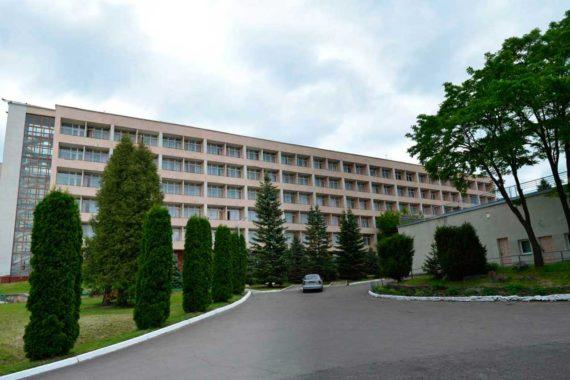 Sanatorium Viyskovy - 03.jpg