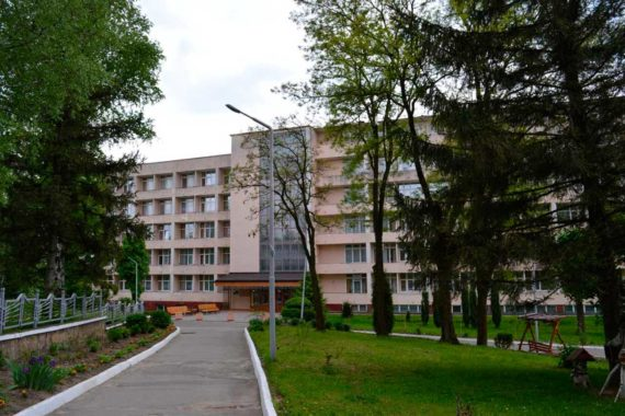 Sanatorium Viyskovy - 06.jpg
