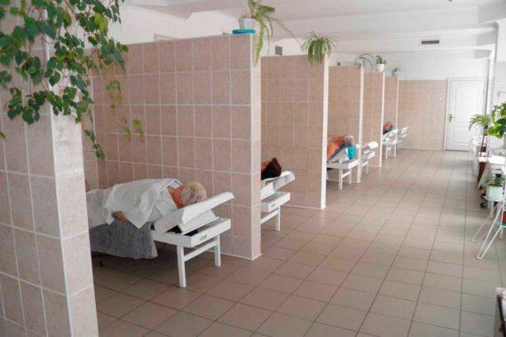 Sanatorium Almaz in Truskavets - 14.jpg