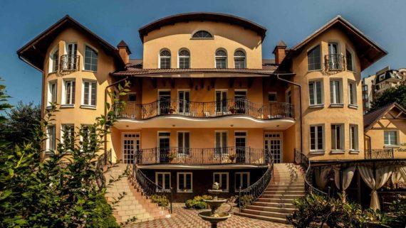 Villa Marta in Truskavets - MG_0139-min.jpg