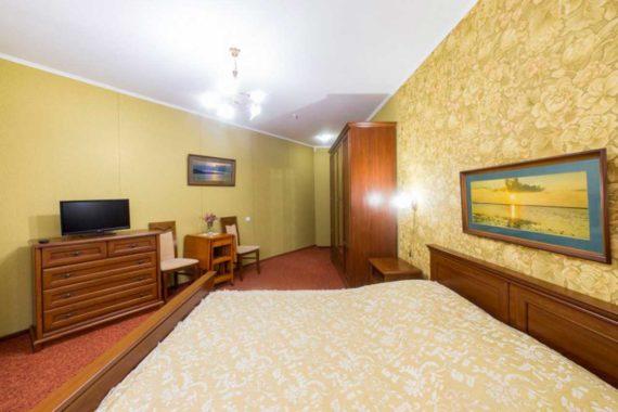 Hotel Premier - room-1-3-c64e22cc4b.jpg