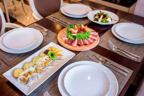 Ресторан Green Park - 210989821.jpg