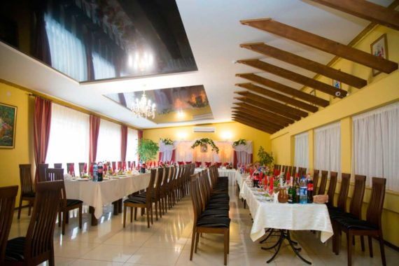 Ресторан САС в Трускавце - 9415f9bcd76598f9c08127db1641b596_L.jpg