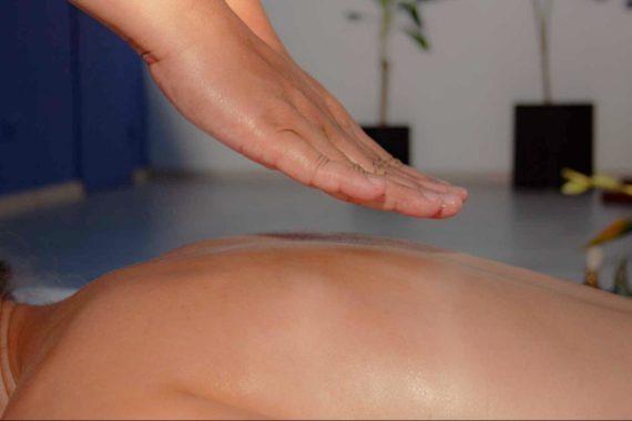 Цілющий дотик тайського масажу