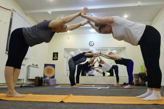 Студия йоги Yoga Station - yoga-station-truskavets-03.jpg